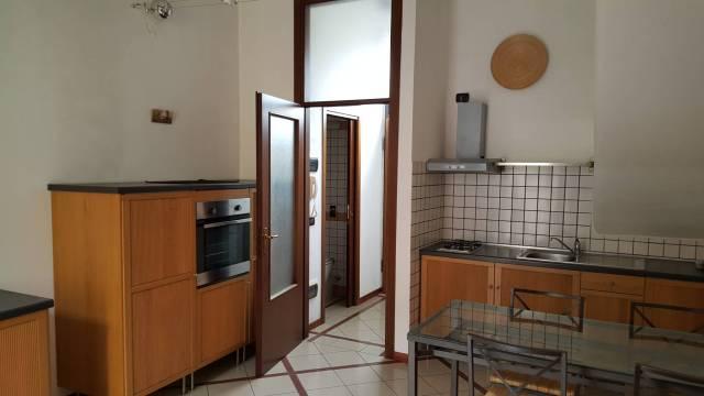 Appartamento in ottime condizioni in affitto Rif. 7295187