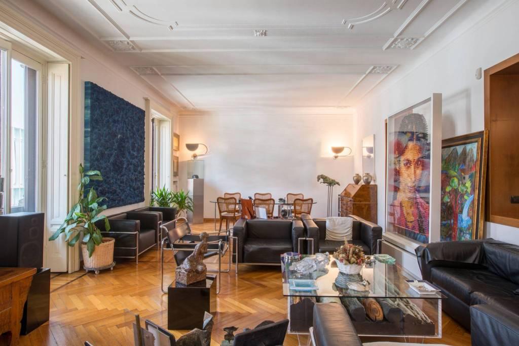 Appartamento in Vendita a Milano: 5 locali, 294 mq - Foto 2
