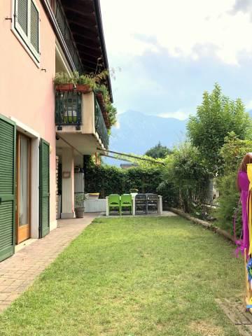 Appartamento in ottime condizioni parzialmente arredato in vendita Rif. 7297688
