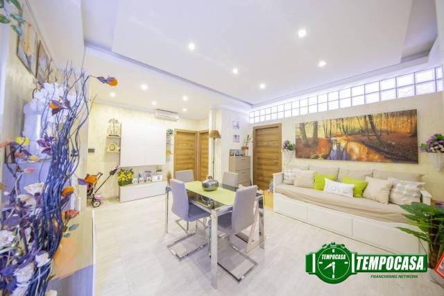 Appartamento in ottime condizioni parzialmente arredato in vendita Rif. 7300515