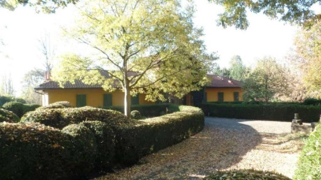 Rifinito appartamento arredato pressi Castello, Piazza Baden Baden