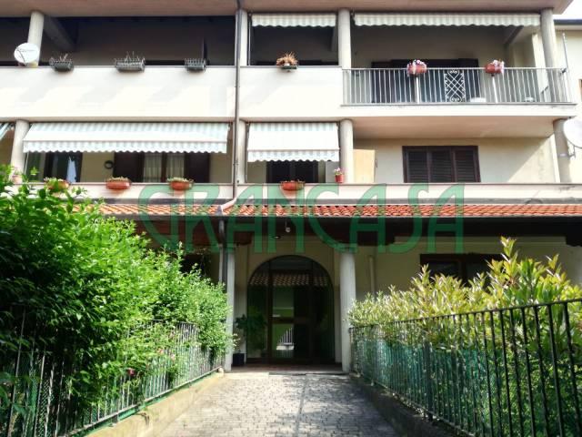 Appartamento in buone condizioni in vendita Rif. 6724901