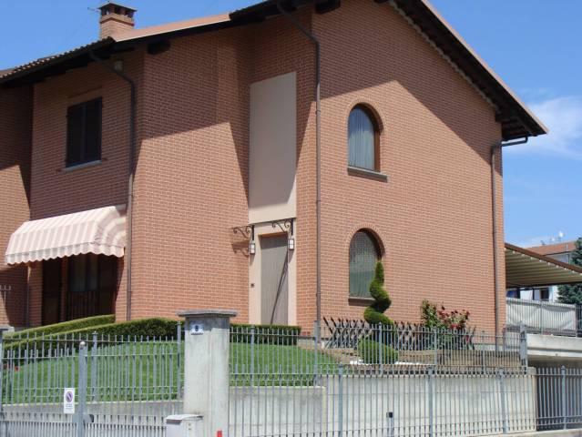 Villetta a schiera in ottime condizioni in vendita Rif. 7295620