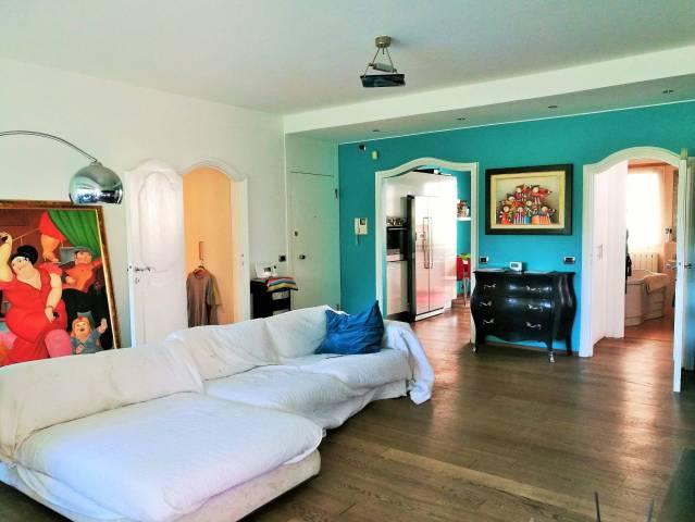 Appartamento in ottime condizioni in vendita Rif. 7298965