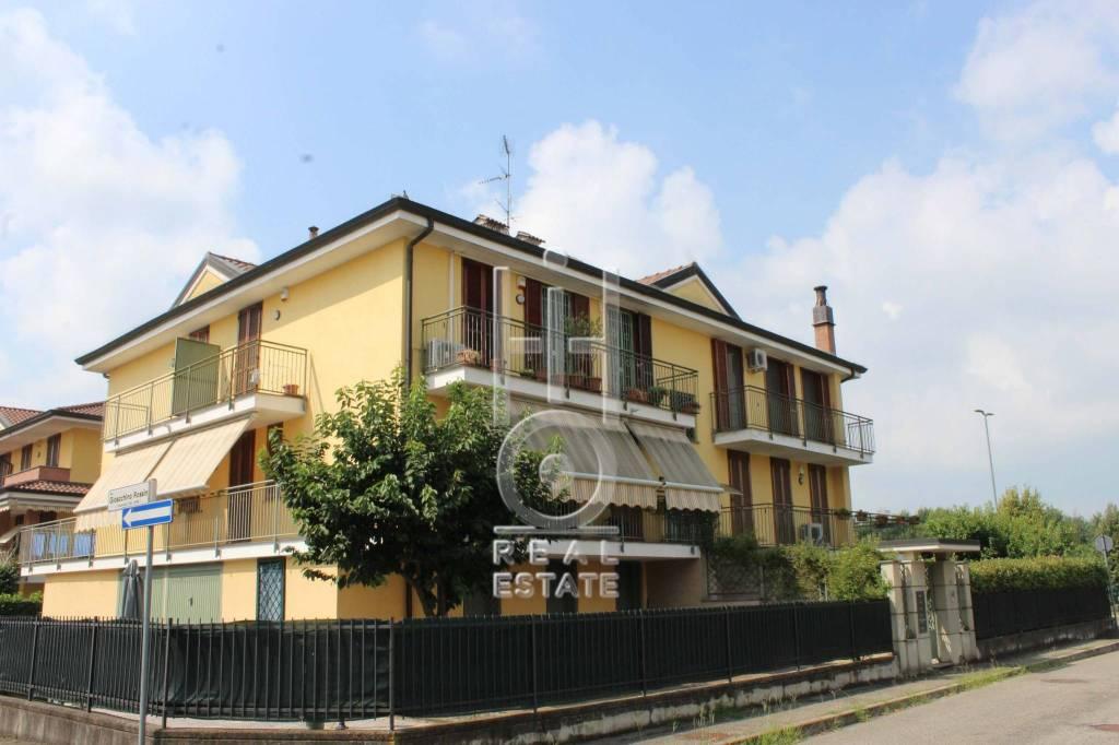 Appartamento in ottime condizioni in vendita Rif. 8047407