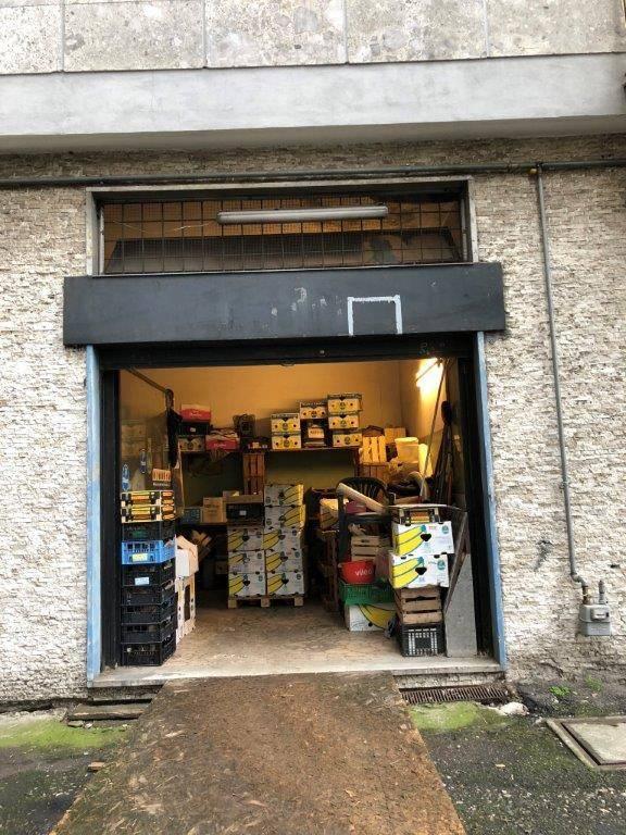 Negozio / Locale in vendita a Cologno Monzese, 2 locali, prezzo € 30.000 | CambioCasa.it