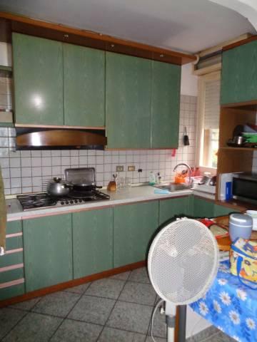 Appartamento in Vendita a Correggio: 5 locali, 100 mq