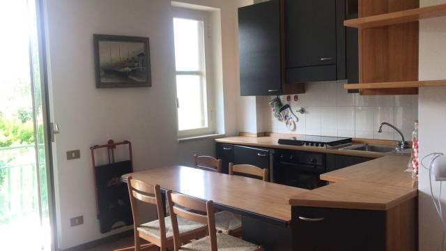 Appartamento in buone condizioni arredato in vendita Rif. 7295493