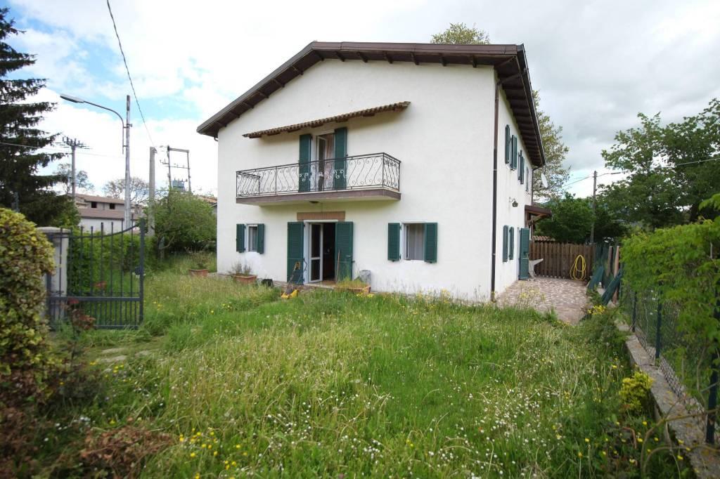Villa in ottime condizioni in vendita Rif. 7295177