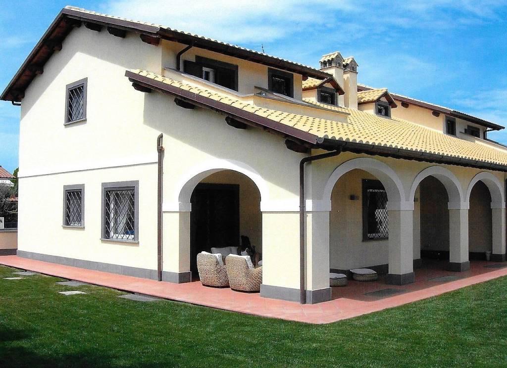 Villa 6 locali in vendita a Tarquinia (VT)
