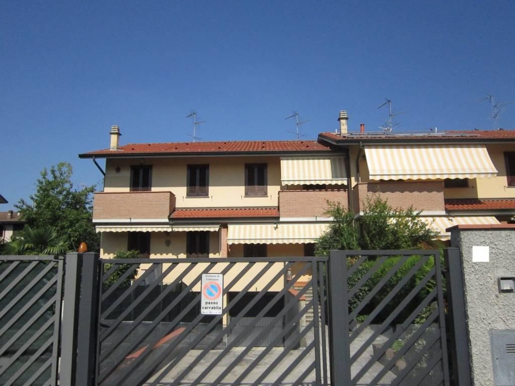 Villetta a schiera in buone condizioni in vendita Rif. 4849265