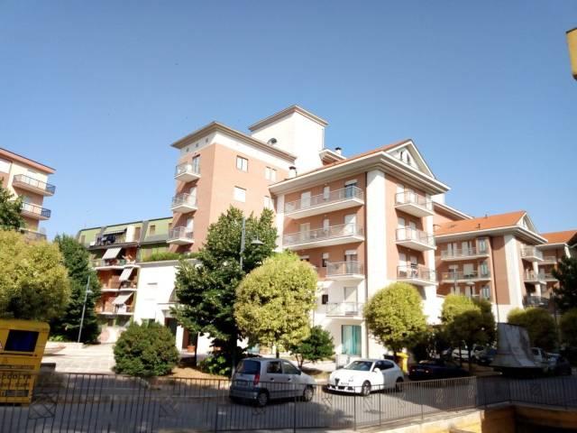 Appartamento in buone condizioni arredato in affitto Rif. 7309548