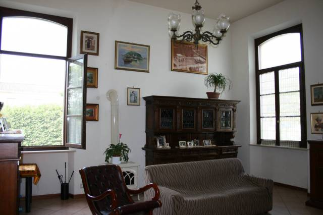 Appartamento in Vendita a Carpaneto Piacentino: 3 locali, 173 mq