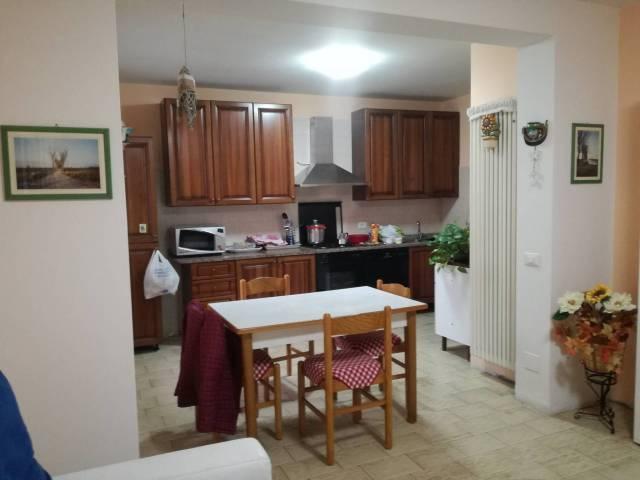 Appartamento in buone condizioni in vendita Rif. 7311671