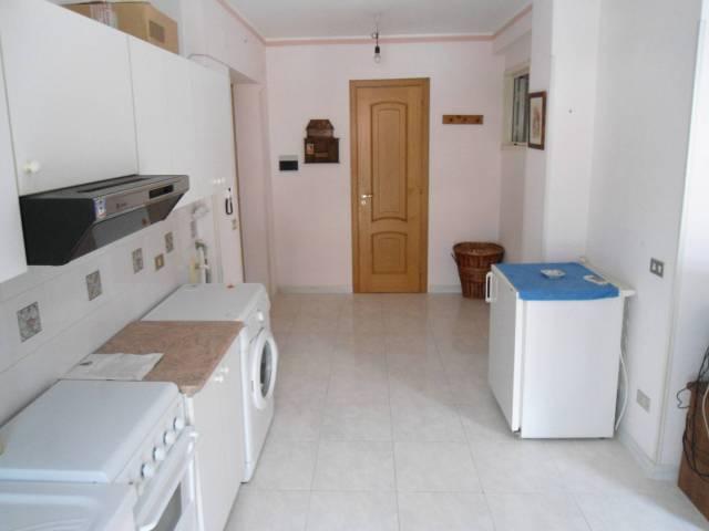 Appartamento in buone condizioni arredato in vendita Rif. 7309600