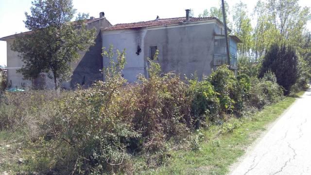 Appartamento da ristrutturare in vendita Rif. 7309601