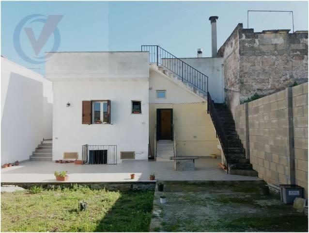 Soluzione Indipendente in vendita a Nociglia, 5 locali, prezzo € 107.000 | CambioCasa.it