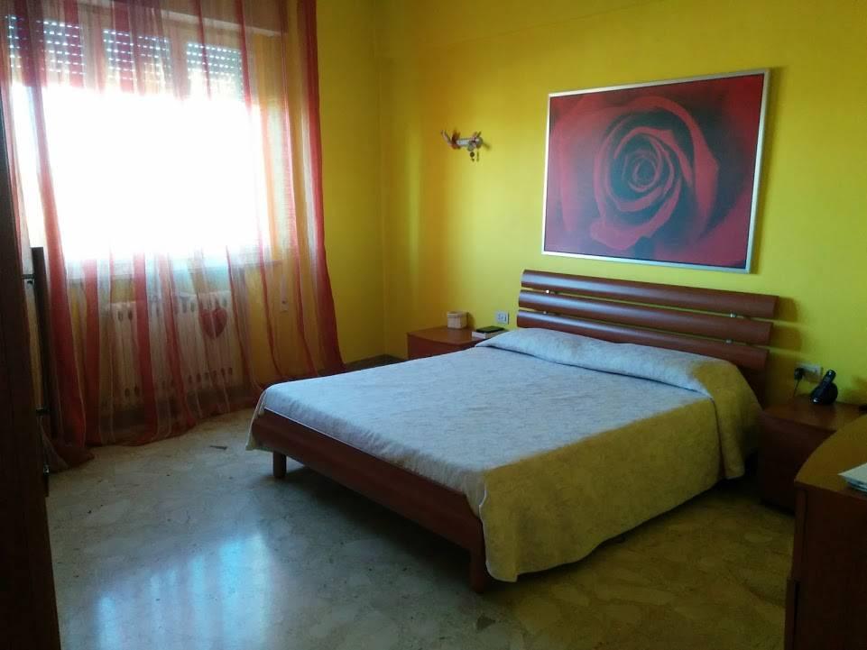 Appartamento in ottime condizioni parzialmente arredato in vendita Rif. 7309523