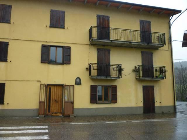 Appartamento in buone condizioni in vendita Rif. 7316673