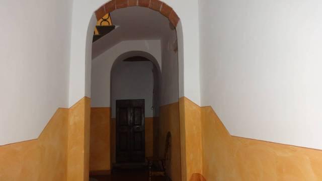 Appartamento da ristrutturare in vendita Rif. 7316467