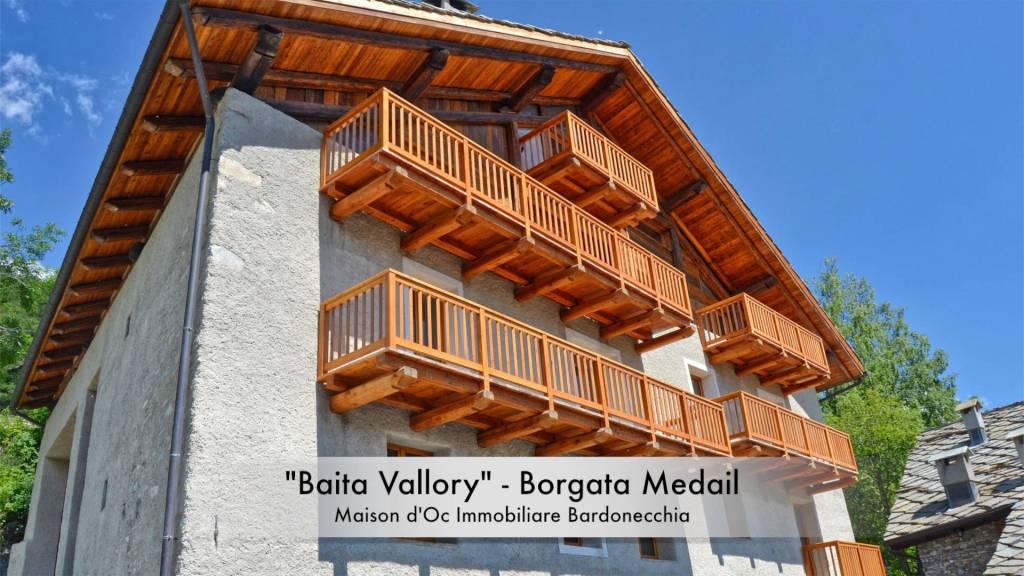 Foto 1 di Trilocale Borgata Medail, frazione Millaures, Bardonecchia