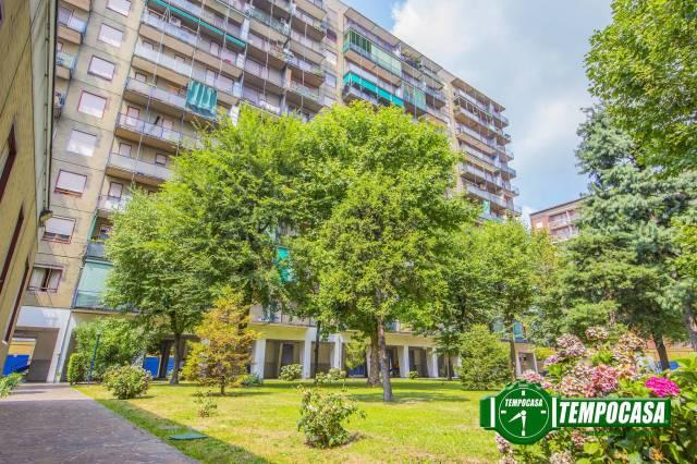 Appartamento in buone condizioni in vendita Rif. 7323656