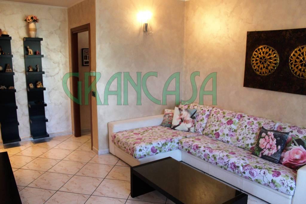 Appartamento in ottime condizioni in vendita Rif. 7322699
