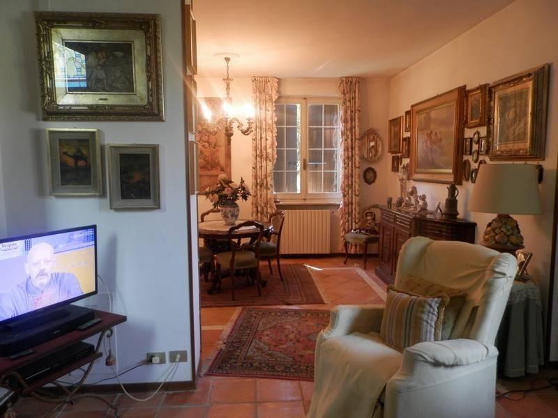 Villa in vendita a Broni, 5 locali, prezzo € 280.000 | CambioCasa.it
