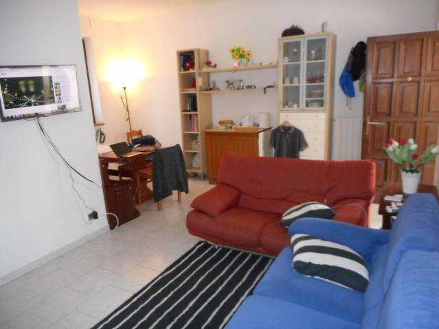 Appartamento in buone condizioni in vendita Rif. 7325962