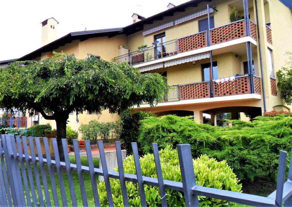 Appartamento in ottime condizioni in vendita Rif. 7324128