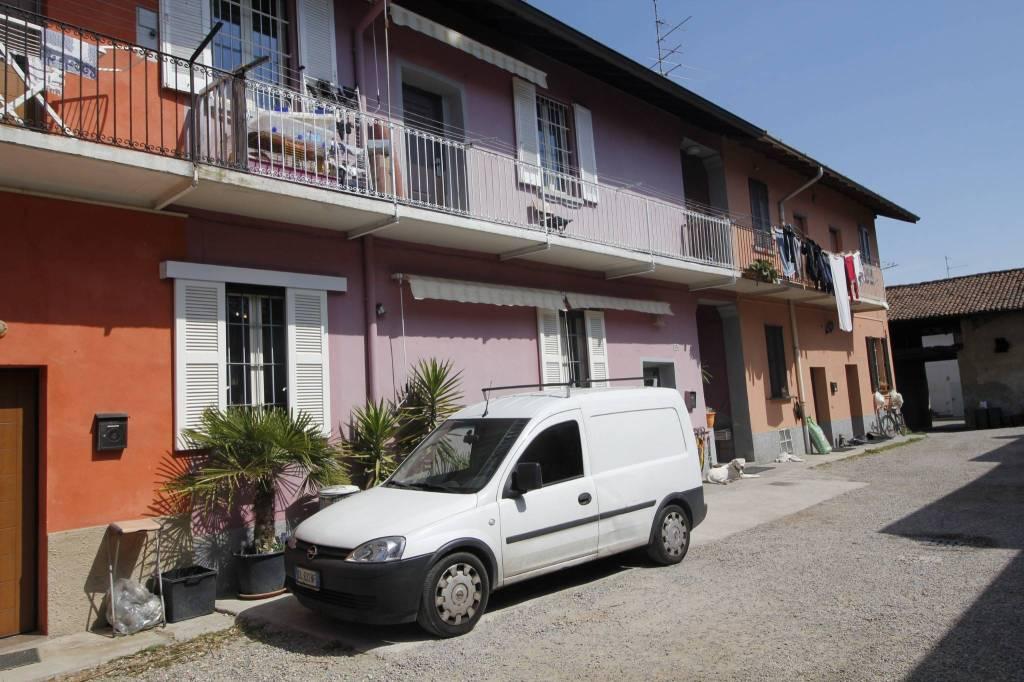 Appartamento in ottime condizioni in vendita Rif. 7324361