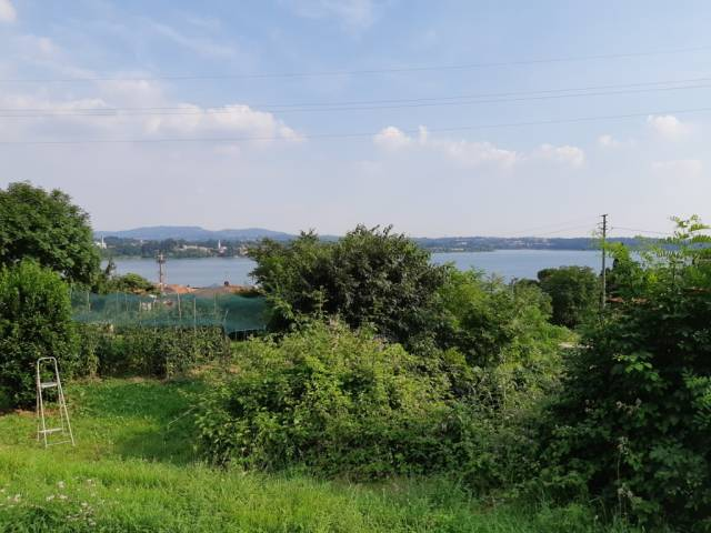 Terreno Edificabile Residenziale in vendita a Pusiano, 9999 locali, prezzo € 280.000 | CambioCasa.it