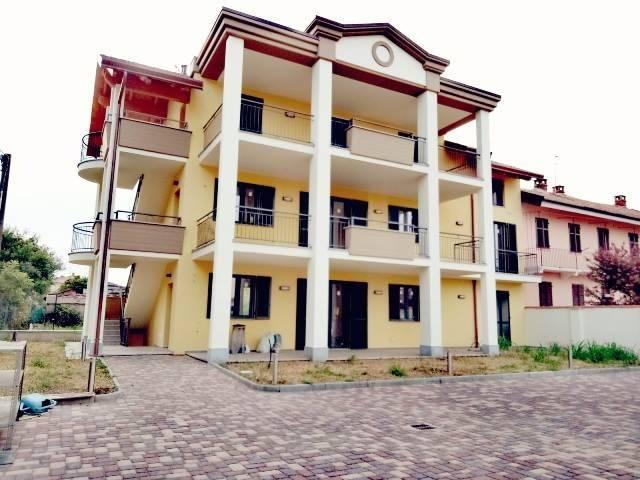 Appartamento in ottime condizioni in vendita Rif. 8465396