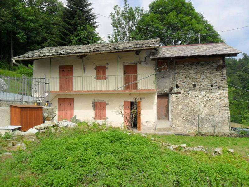 Rustico / Casale in buone condizioni arredato in vendita Rif. 9149719