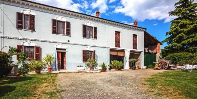 Rustico / Casale in vendita a Alfiano Natta, 5 locali, prezzo € 185.000 | CambioCasa.it