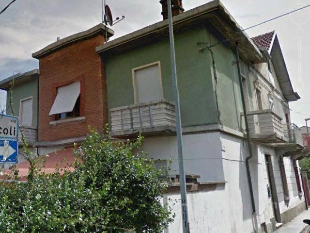 Appartamento in ottime condizioni arredato in affitto Rif. 7334467