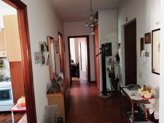 Appartamento in buone condizioni in vendita Rif. 7337415