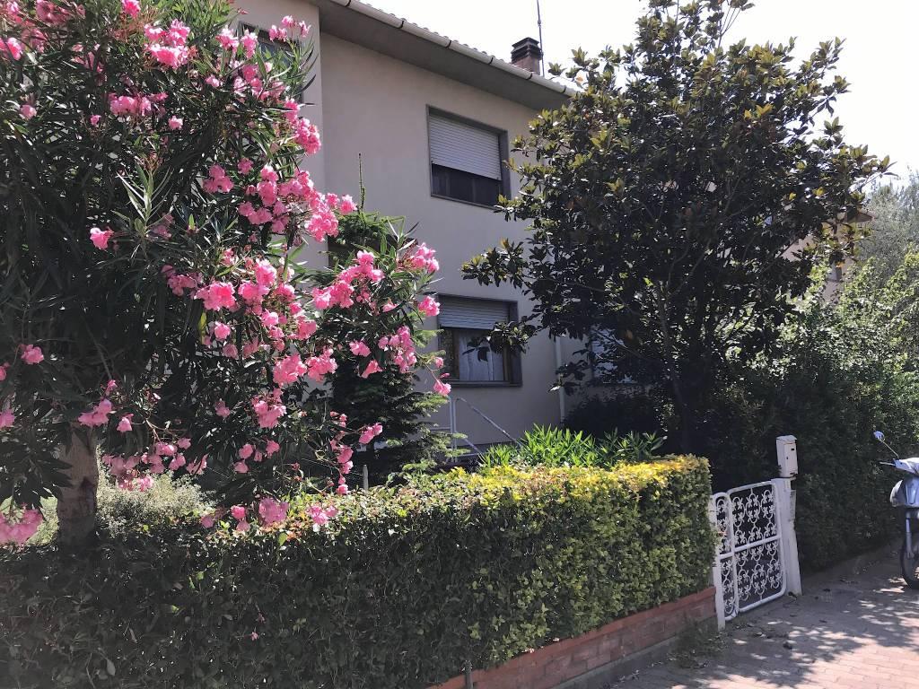 Casa Indipendente in buone condizioni in vendita Rif. 7334194