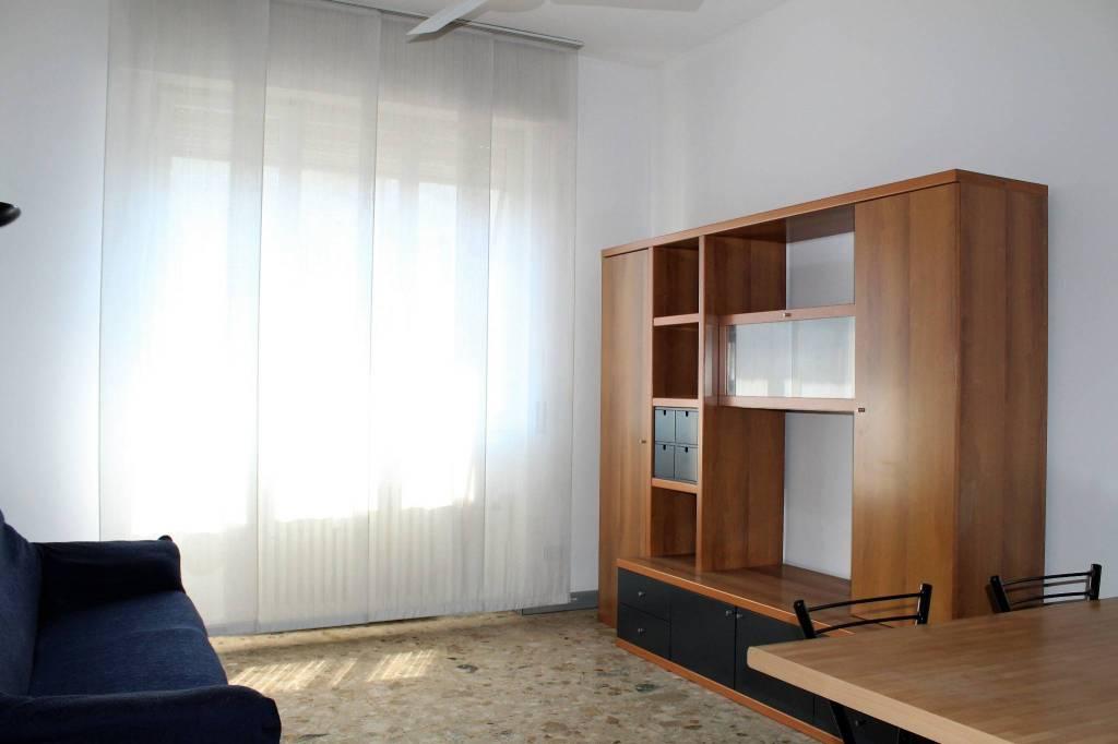 Appartamento in buone condizioni arredato in vendita Rif. 7908691
