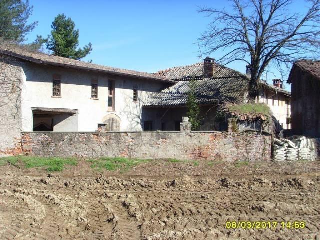 Rustico / Casale da ristrutturare in vendita Rif. 7334697