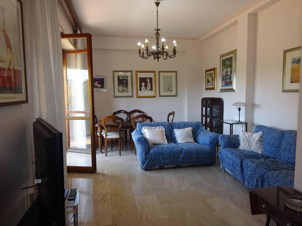 Appartamento in buone condizioni arredato in affitto Rif. 7334503