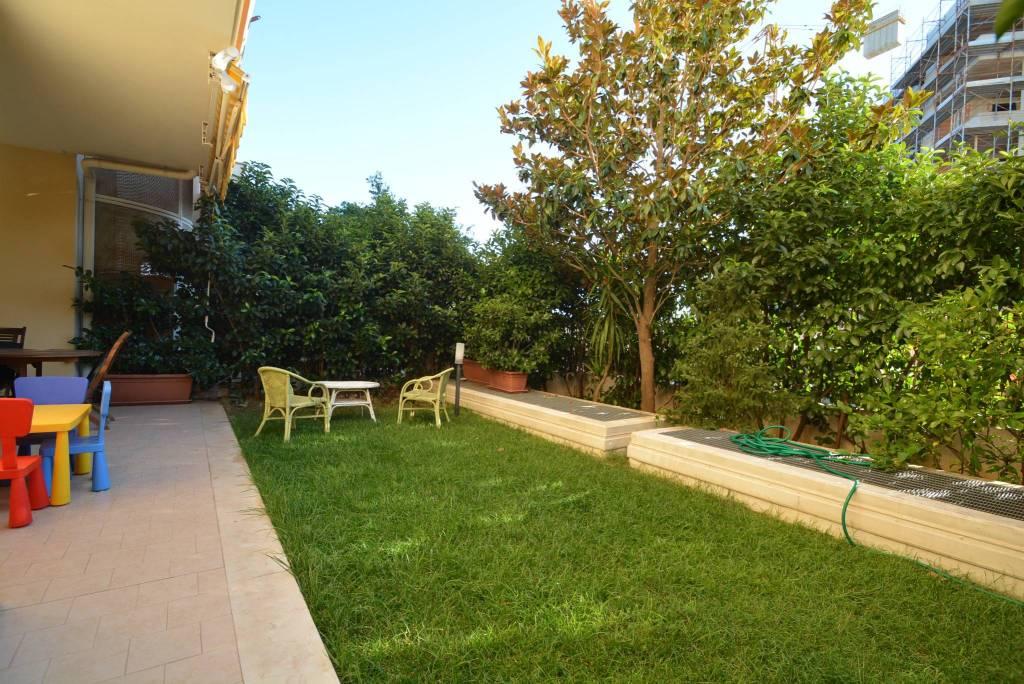 Appartamento in ottime condizioni in vendita Rif. 7336083