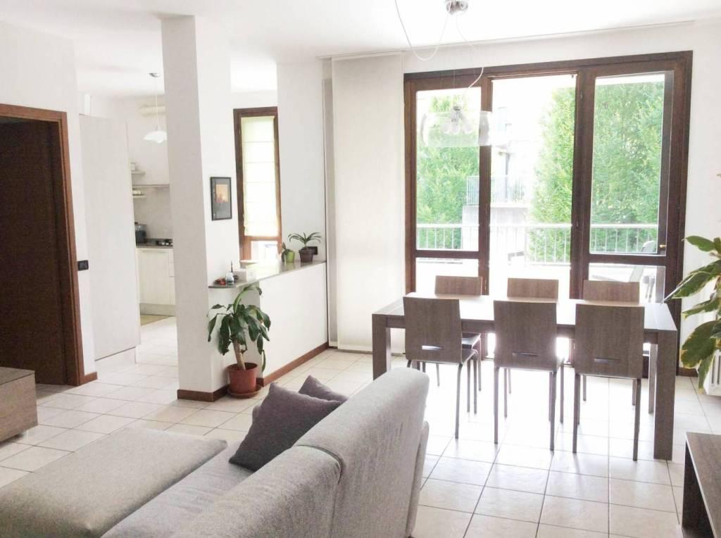 Appartamento in ottime condizioni in vendita Rif. 7212851