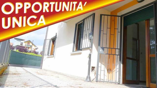 Appartamento in ottime condizioni in vendita Rif. 7335289