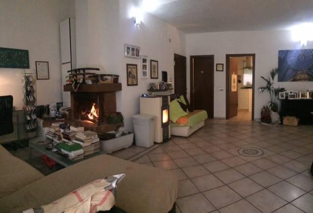 Appartamento in buone condizioni in vendita Rif. 7335257