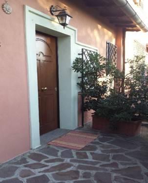 Appartamento in ottime condizioni arredato in affitto Rif. 7338621