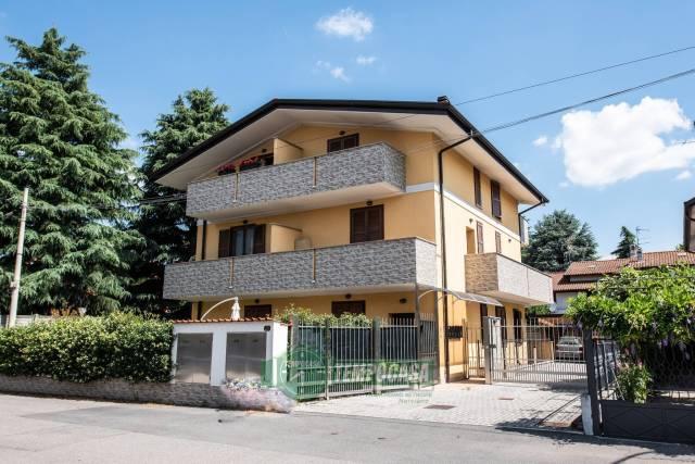 Appartamento in ottime condizioni in vendita Rif. 7336233