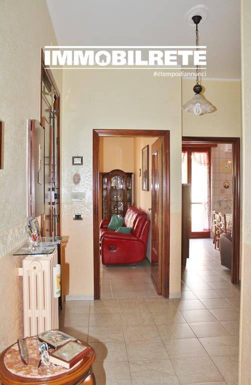 Appartamento in buone condizioni in vendita Rif. 7336763
