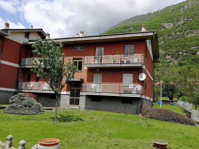 Appartamento in buone condizioni in vendita Rif. 7334534