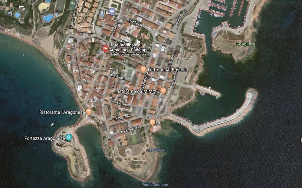 Casa indipendente 6 locali in vendita a Isola di Capo Rizzuto (KR)